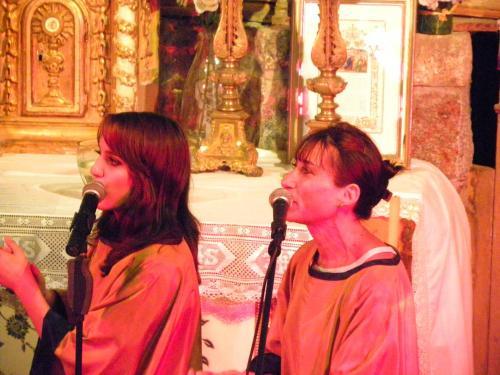 Blue Note Sisters Gospel SANDRA-CIPOLAT-GISELE-VACHER-2-Concert-chapelle-de-Villeneuve
